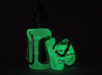 Glow-in-the-Dark 30mL Juice Bottle Silicone Sleeve